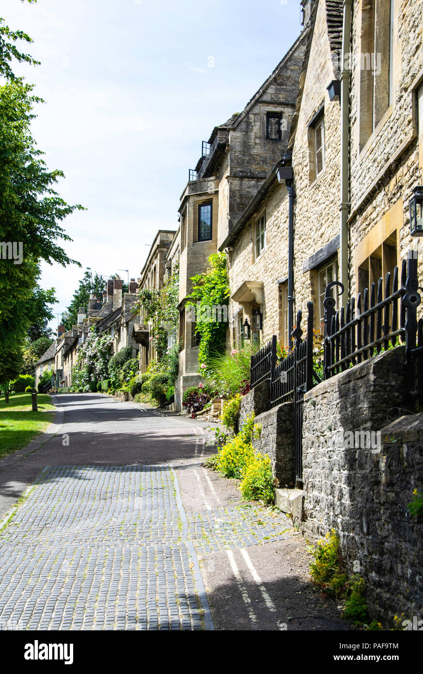 View of the houses on The Hill, Burford, Oxfordshire - Stock Image