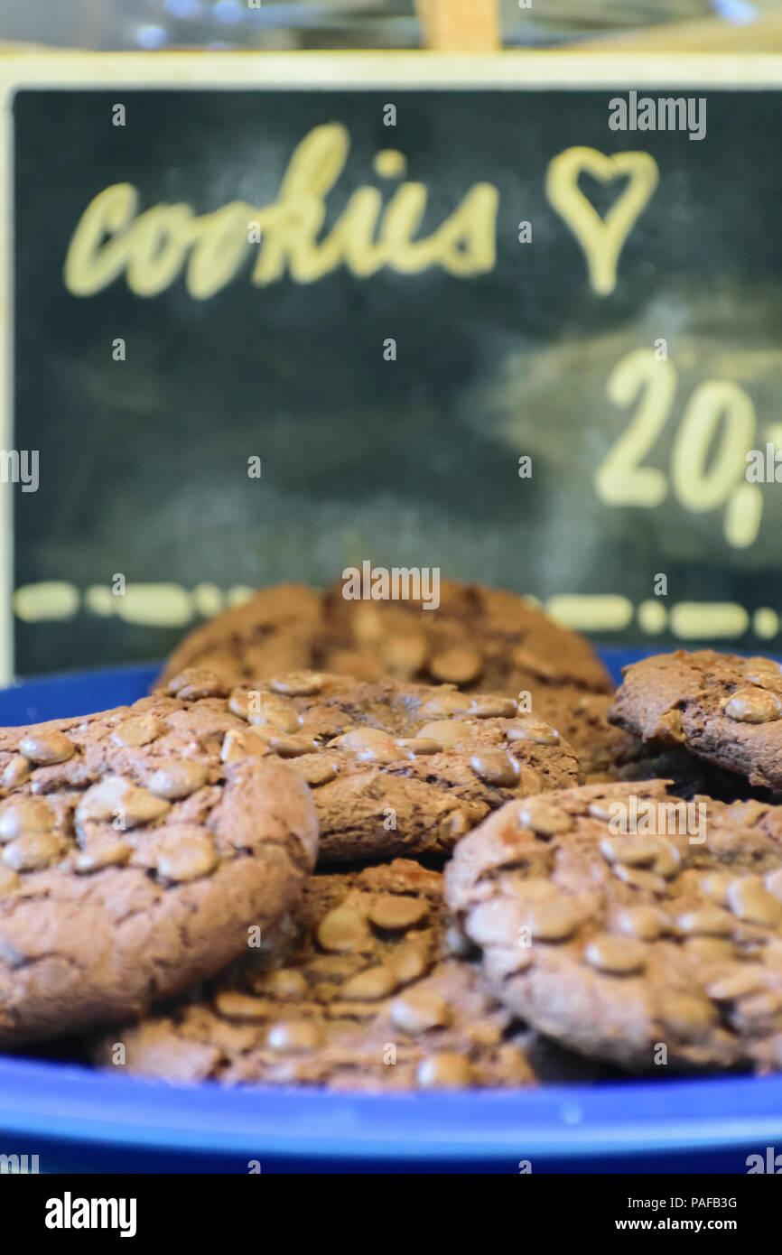 Priceless cookies love - Stock Image