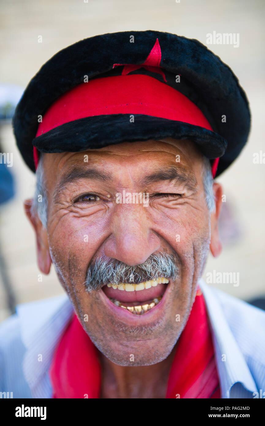 Uzbek Man In Bukhara Uzbekistan Stock Photos   Uzbek Man In Bukhara ... 49bbfc9e5a13
