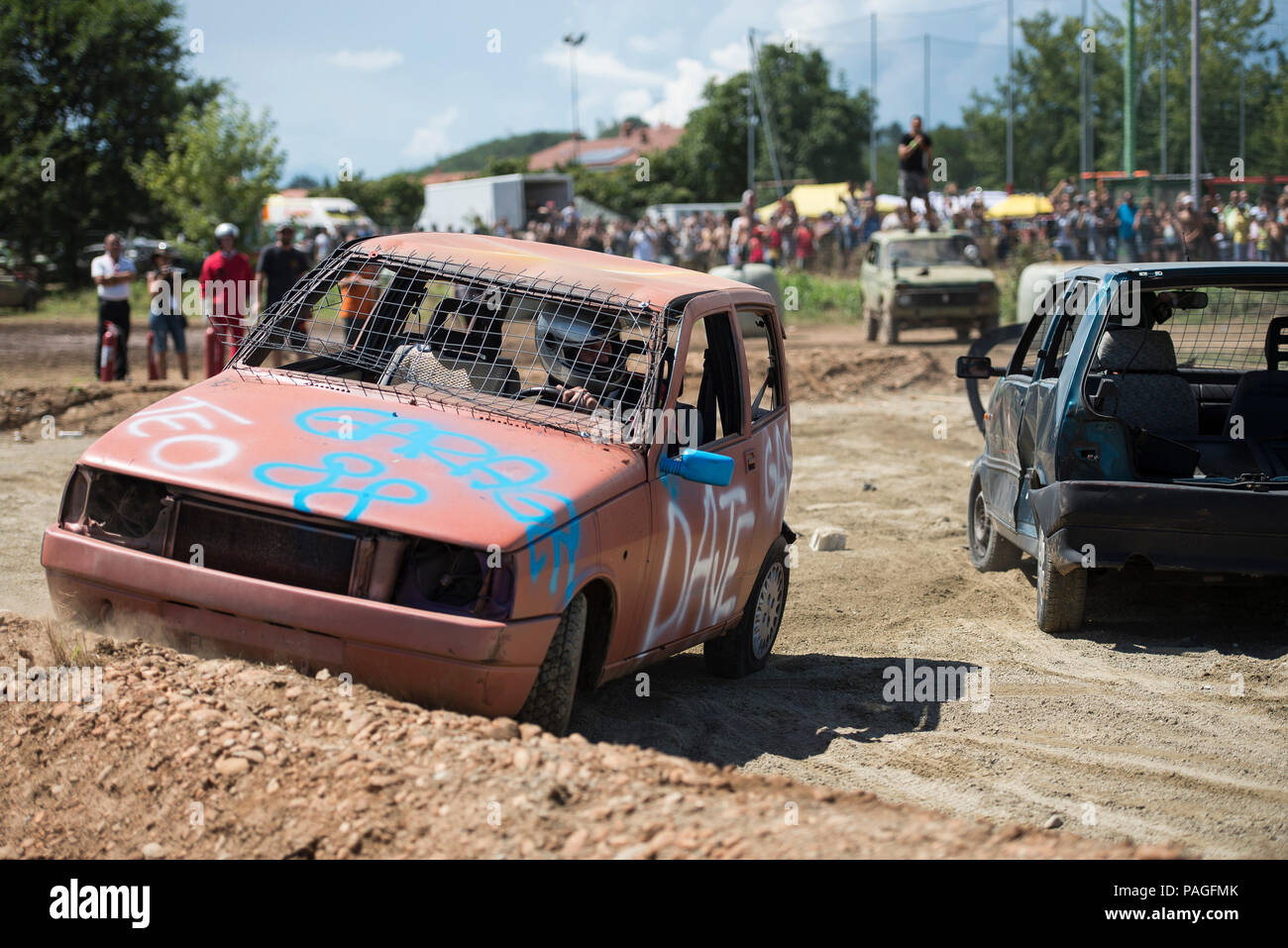 Italian Derby Stock Photos Images Alamy Demolition Car Wiring Diagram Vehicles Collide At A