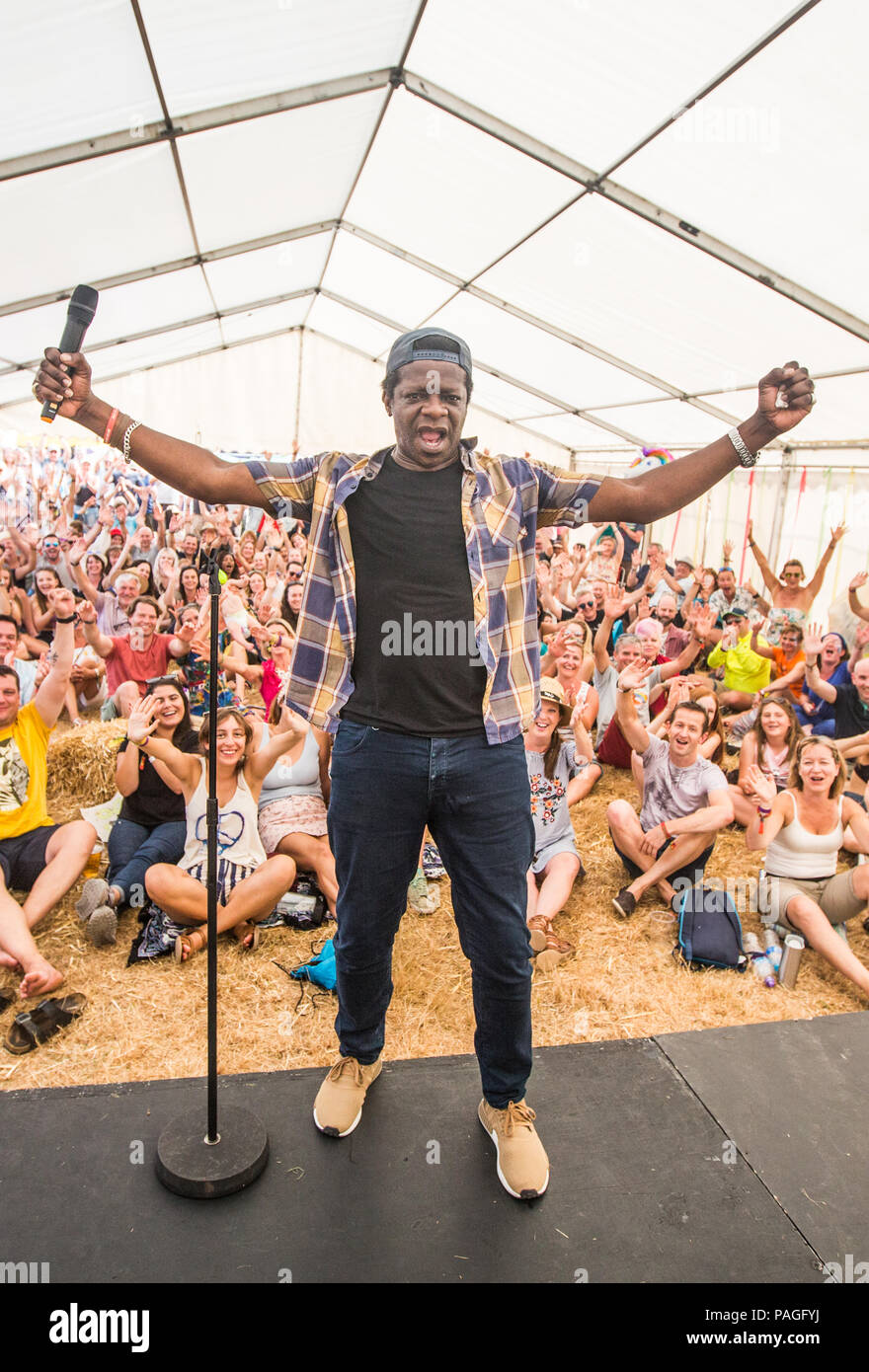 Kent, UK. 21st July, 2018. 21st July 2018  - Vicars Picnic - Music Festival Day 2 Performance  in Comedy tent - artist Stephen K Amos  Credit Glamourstock Credit: glamourstock/Alamy Live News Stock Photo