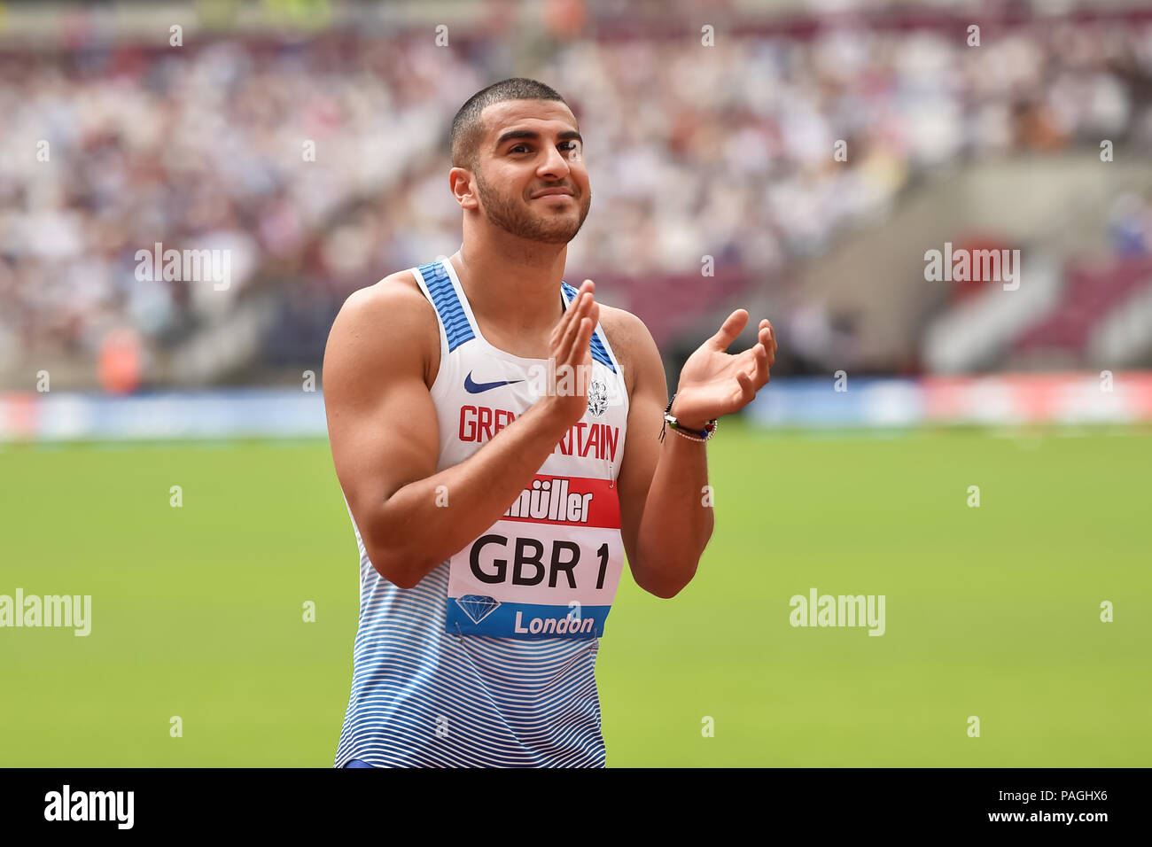 London, UK. 22nd July 2018. Adam Gemili (GBR) greats the crowd prior to Men's 4x100m during 2018 IAAF Diamond League - Muller Anniversary Games at London Stadium on Sunday, 22 July 2018. LONDON, ENGLAND. Credit: Taka G Wu Credit: Taka Wu/Alamy Live News - Stock Image