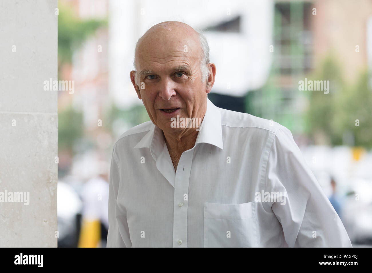 London, UK. 22nd July 2018. Vince Cable, leader of the Liberal Democrats party arrives at BBC Broadcasting House in London. - Stock Image