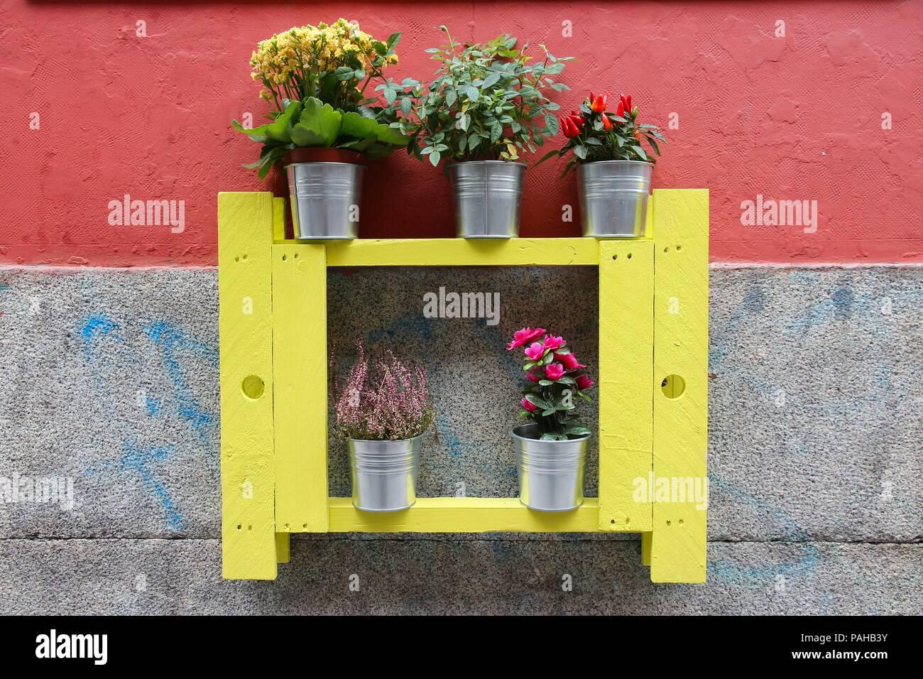 192 & Madrid Spain - Mediterranean wall ornament. Decorative tin ...