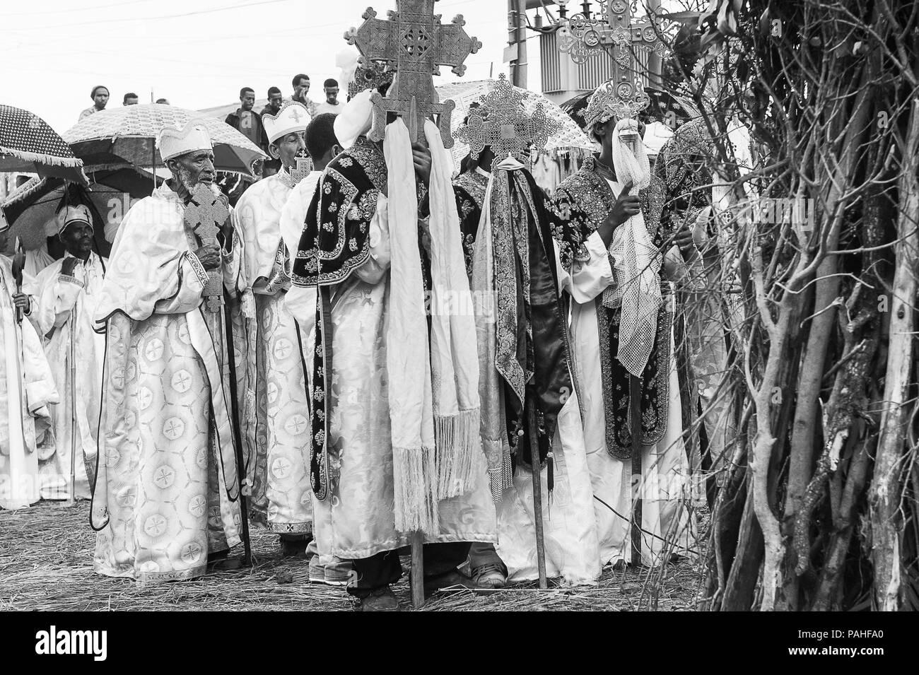 LALIBELA, ETHIOPIA - SEP 27, 2011: Unidentified Ethiopian religious people during the Meskel festival in Ehtiopia, Sep 27, 2011. Meskel commemorates t - Stock Image