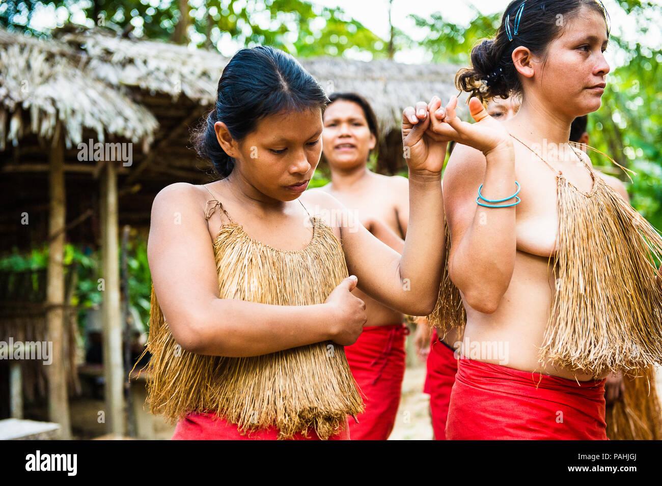 amazonia peru nov 10 2010 unidentified amazonian indigenous