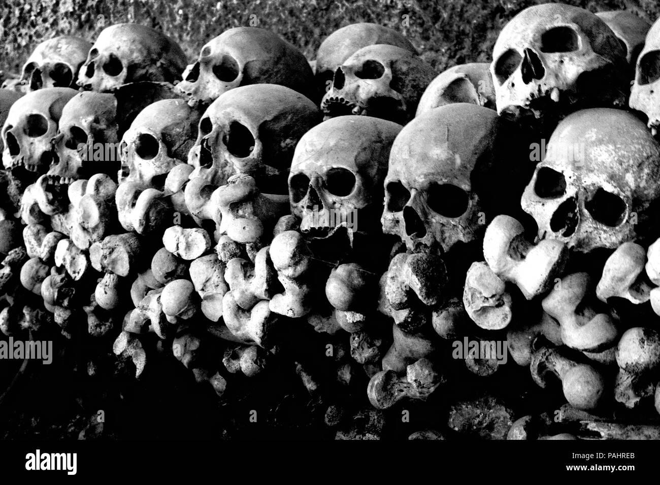 Skulls at the 'Cimitero delle Fontanelle', Naples Health district - Stock Image