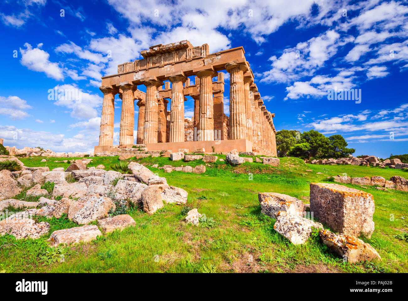 Selinunte, Sicily.  Temple of Hera, ancient Greek ruins in Italy, Doric architecture. - Stock Image