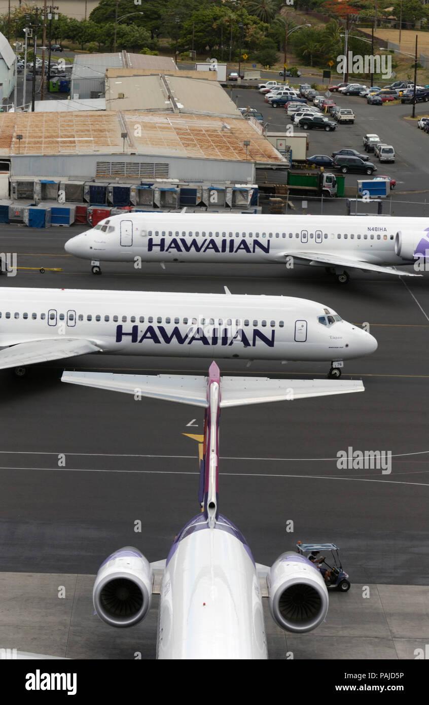 Three Hawaiian Air Boeing 717-200's at Honolulu International airport Stock Photo