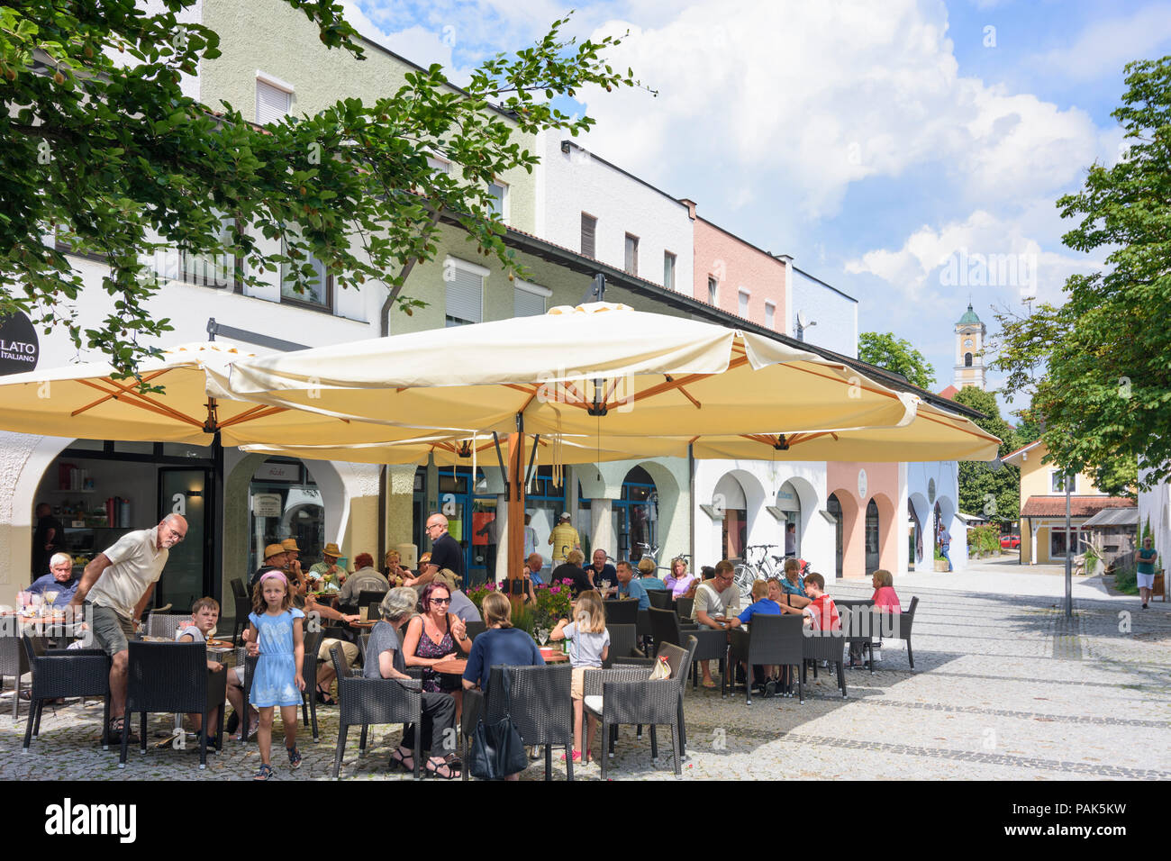 Bad Birnbach: square Neuer Marktplatz in Germany, Bayern ...