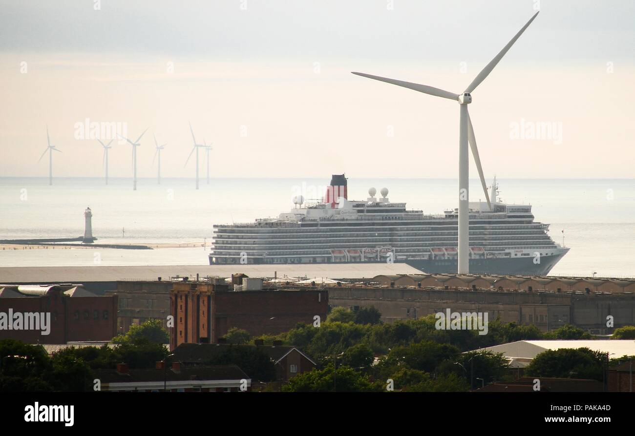Liverpool, UK. 23rd July 2018.  Queen Elizabeth leaves the city after spending the day in the River Mersey credit Ian Fairbrother/Alamy Live News - Stock Image