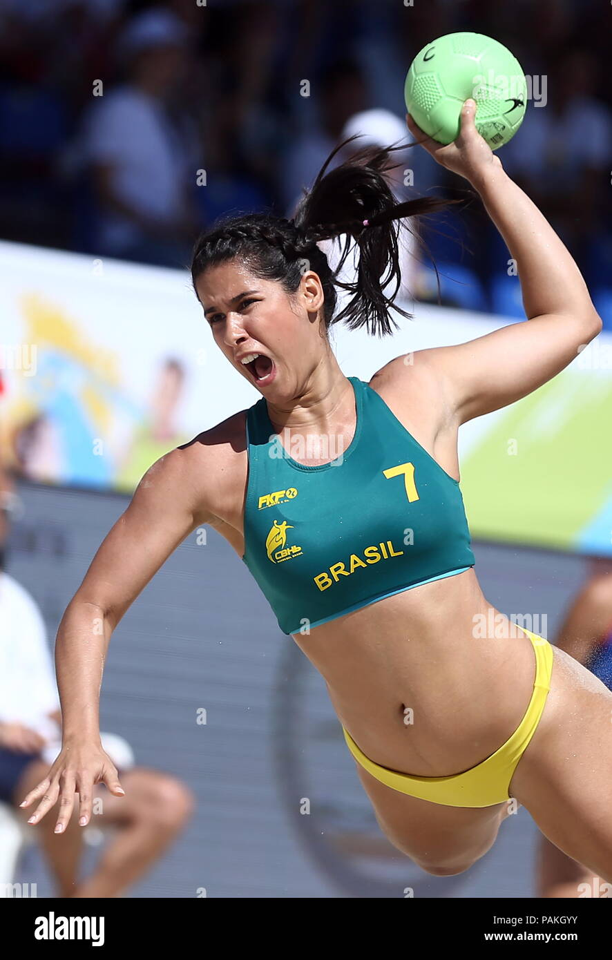 Kazan, Russia. 24th July, 2018. KAZAN, RUSSIA - JULY 24, 2018: Brazil's Juliana Olivera in action in a beach handball match against Russia at the 2018 IHF Men's and Women's Beach Handball World Championships held in Kazan. Yegor Aleyev/TASS Credit: ITAR-TASS News Agency/Alamy Live News - Stock Image