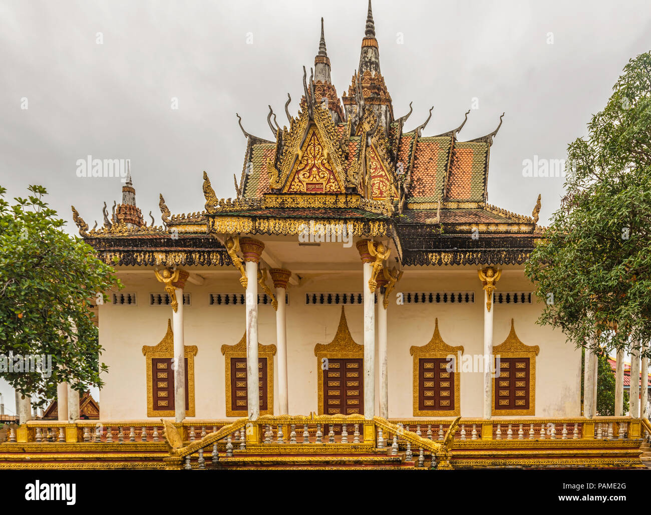 Front facade of the great Buddhist temple Wat IntNhean called Wat Krom with all its ornaments in Sihanoukville, also known as Kampong Som, Cambodia. - Stock Image