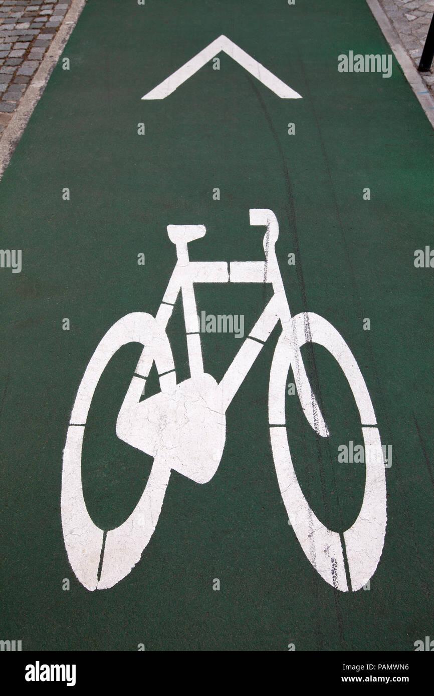 Bicycle way, Fahrradweg - Stock Image