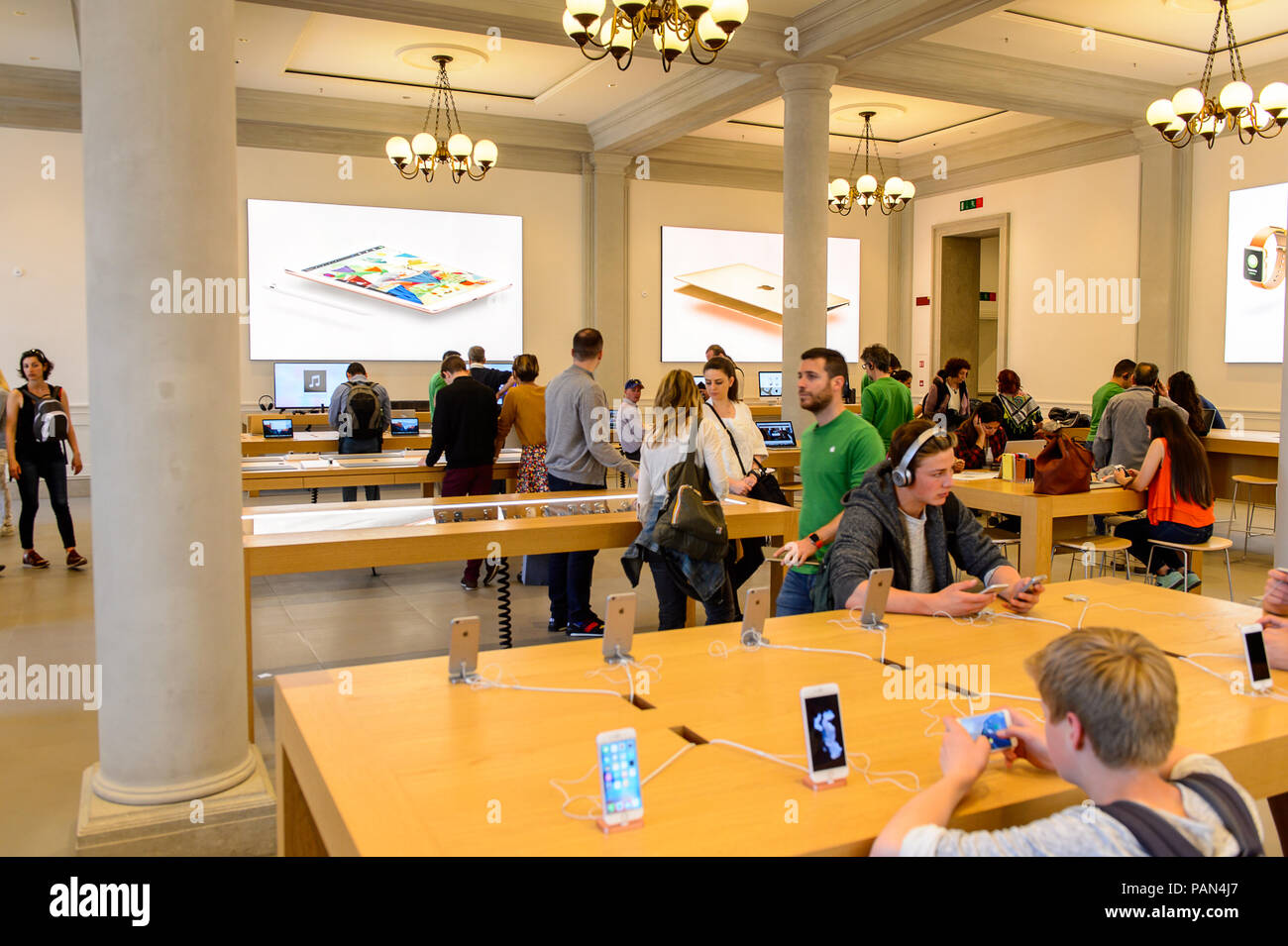 florence italy may 6 2016 apple store at the piazza della
