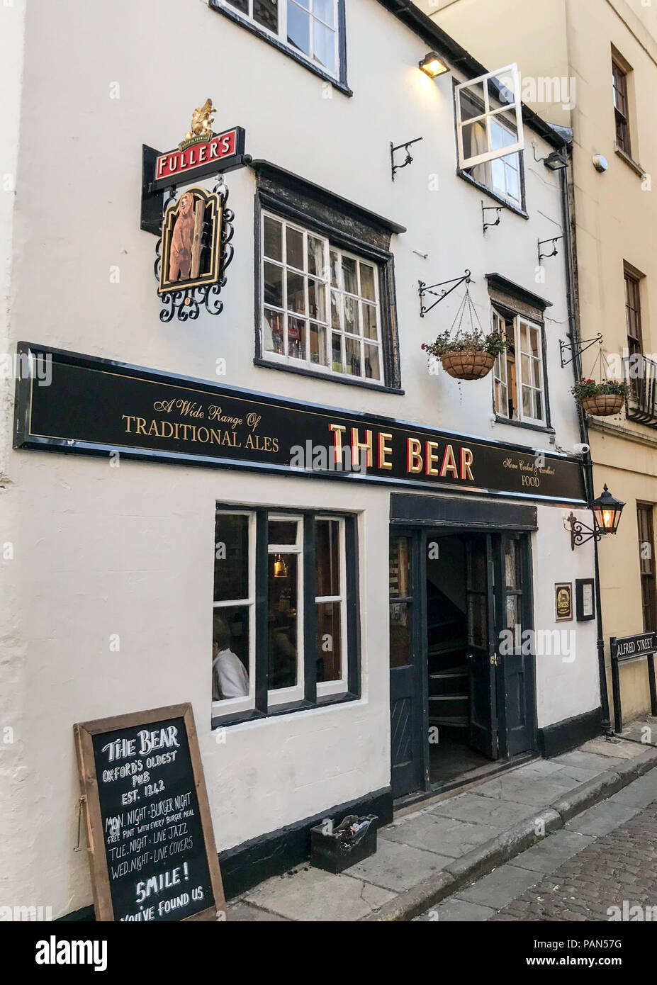 The Bear pub,Oxford, Oxfordshire, South East England, Uk - Stock Image