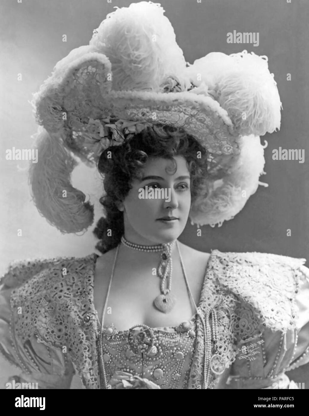 LILLIAN RUSSELL (1860-1922) American stage actress and singer. - Stock Image