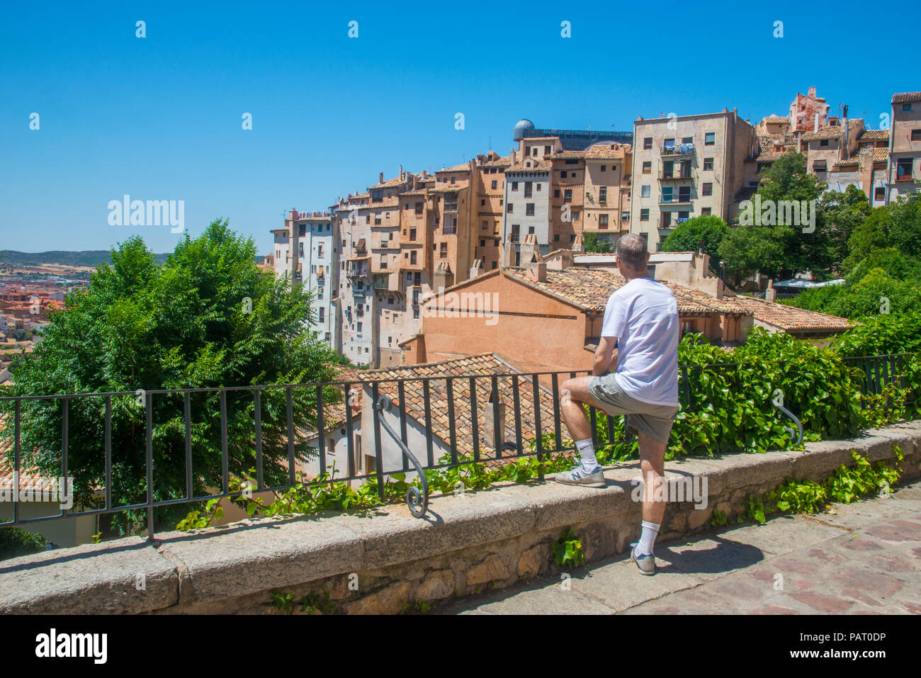 Man at the viewpoint over the Rascacielos. Cuenca, Spain. - Stock Image