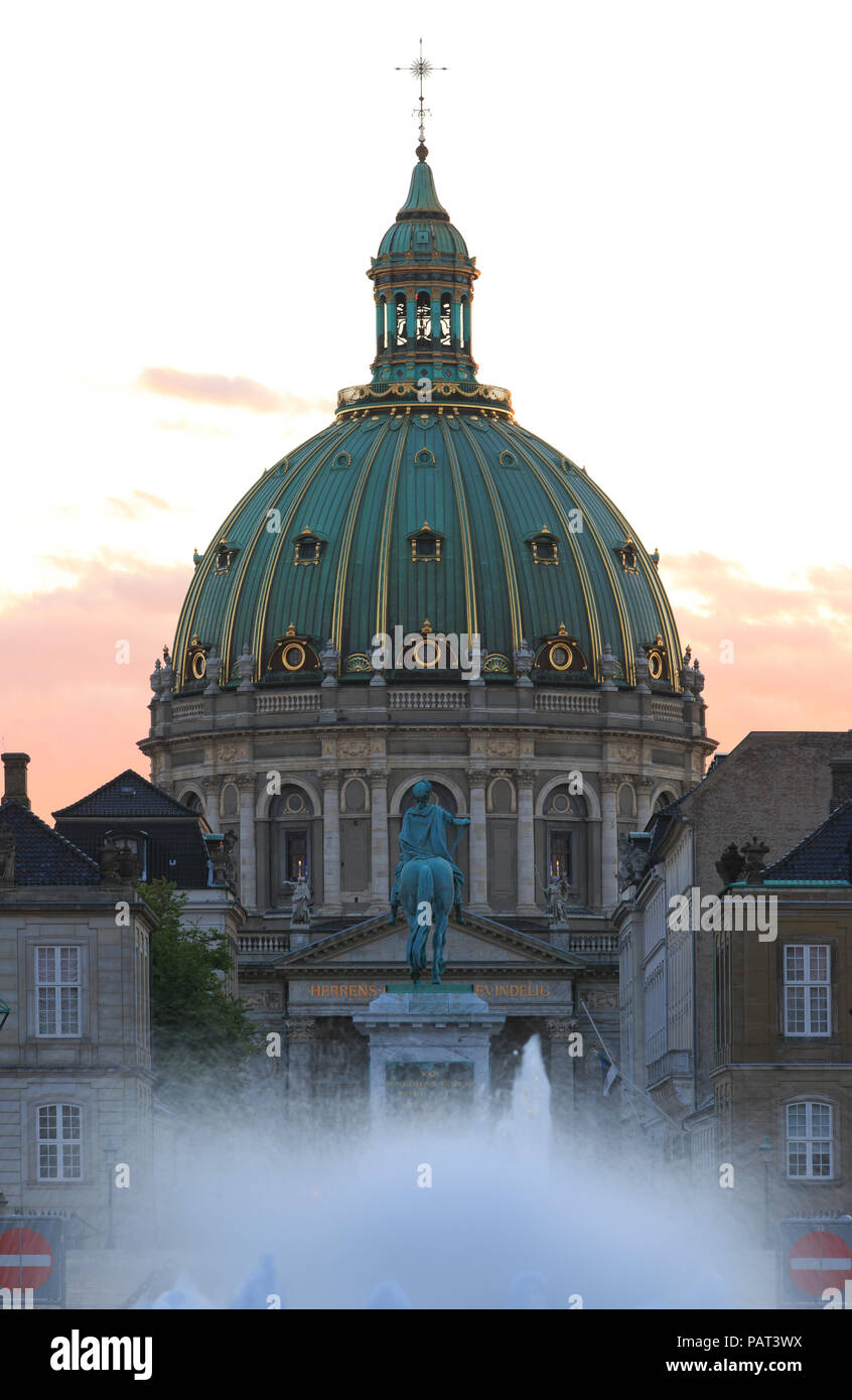 The 18th-century Frederik's Church and Amalienborg Palace at sunset in Copnehagen, Denmark - Stock Image