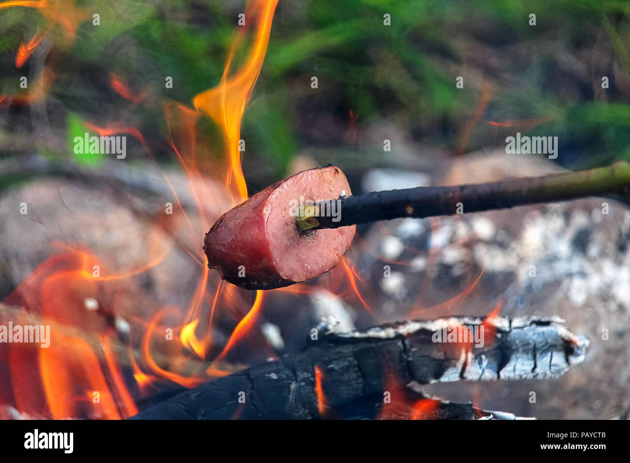 Cooking Over A Campfire Stock Photos Amp Cooking Over A