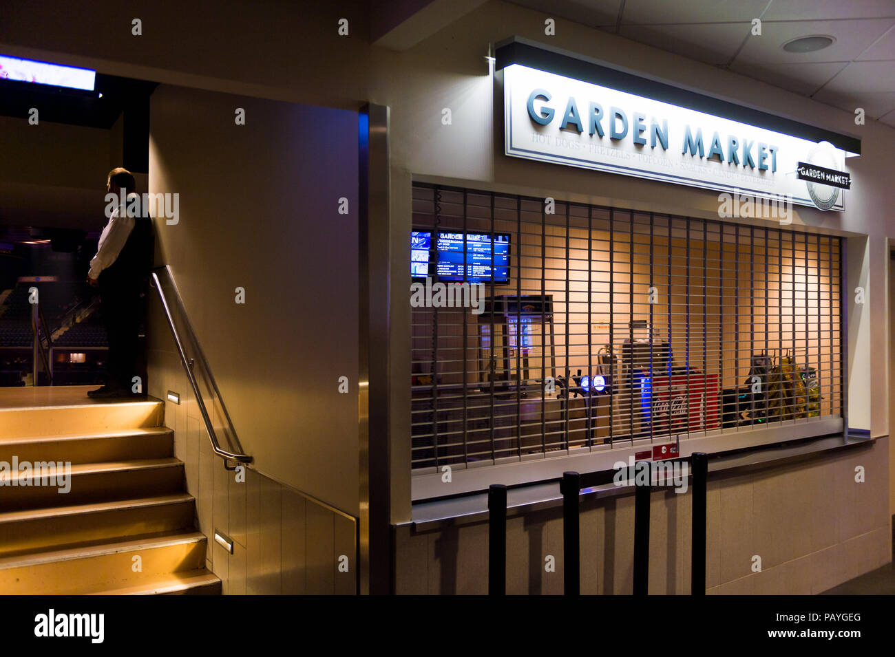 NEW YORK, USA - OCT 8, 2015: Interior of the Madison Square Garden ...