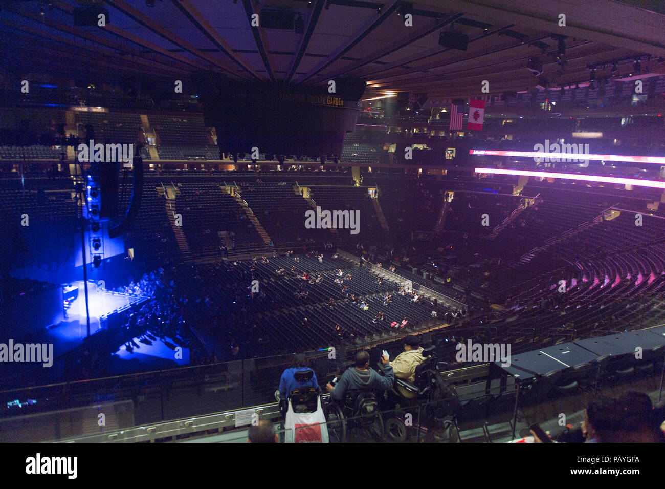 Lovely NEW YORK, USA   OCT 8, 2015: Madison Square Garden, New York City. MSG Is  The Arena For Basketball, Ice Hockey, Pro Wrestling, Concerts And Boxing.