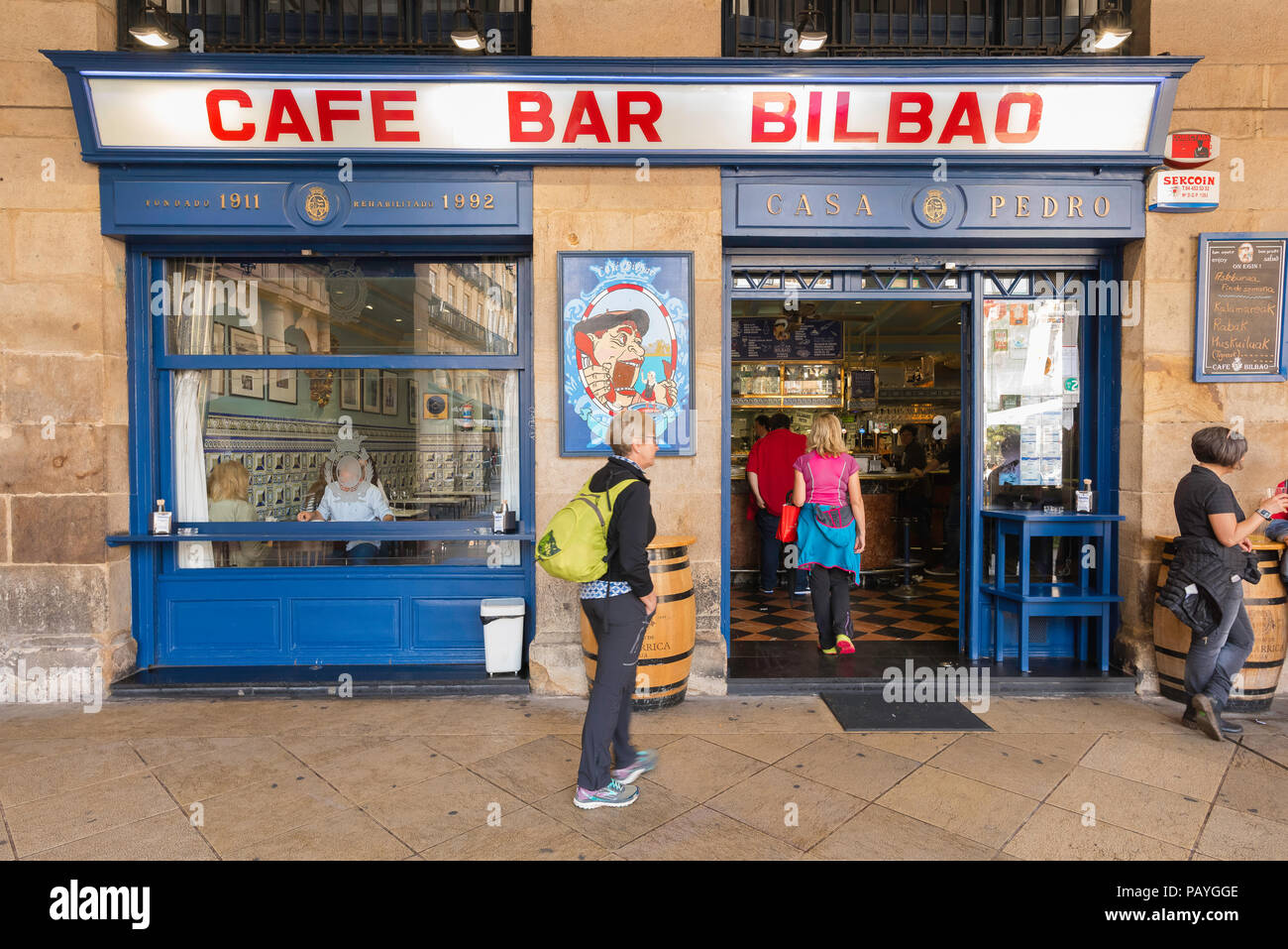 Bilbao cafe bar, view of the entrance to the popular Cafe Bar Bilbao in the Plaza Nueva in the Old Town (Casco Vieja) area of Bilbao, Northern Spain. - Stock Image