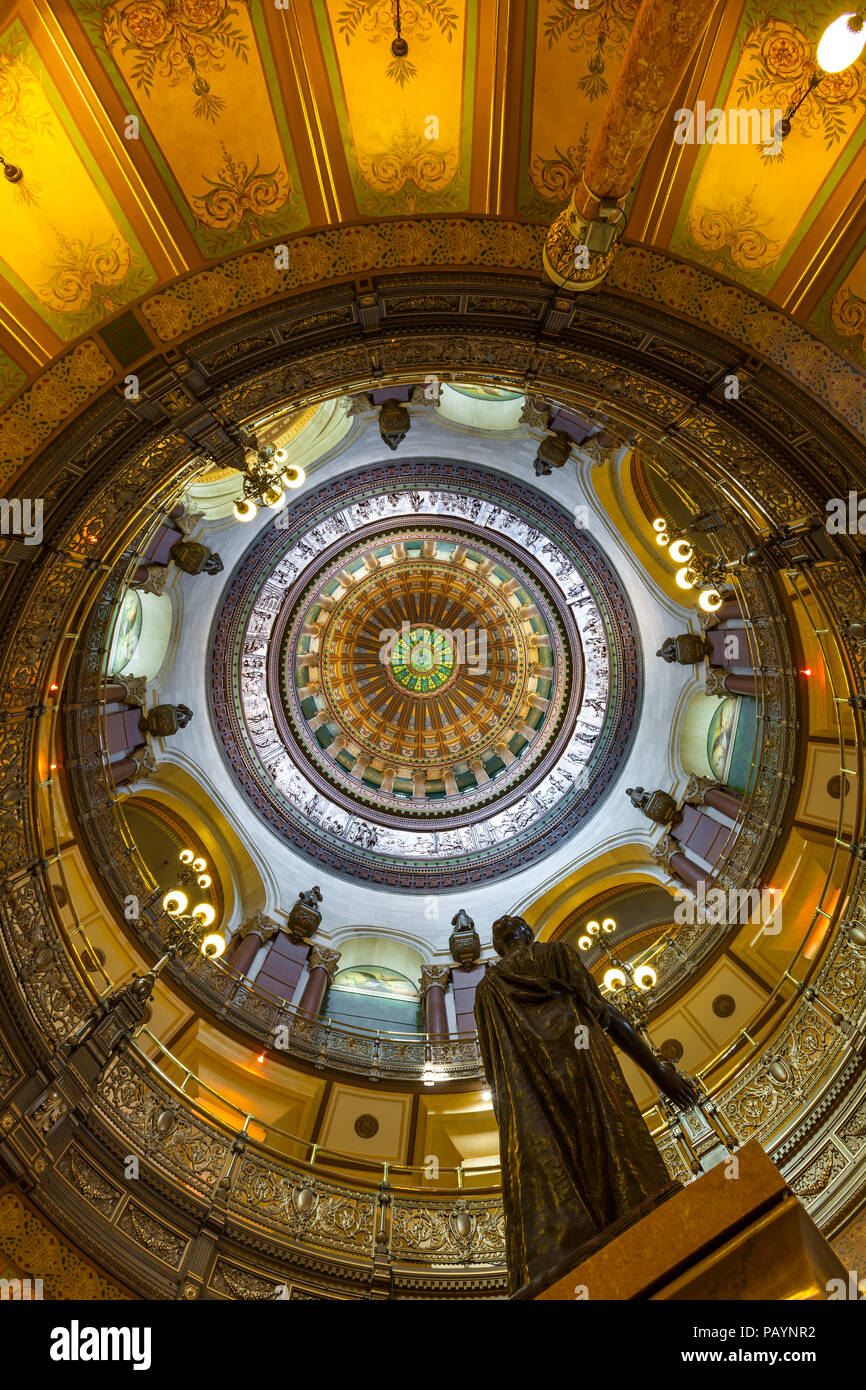 SPRINGFIELD, ILLINOIS - JULY 11, 2018 - View of the interior of Illinois State Capitol - Stock Image