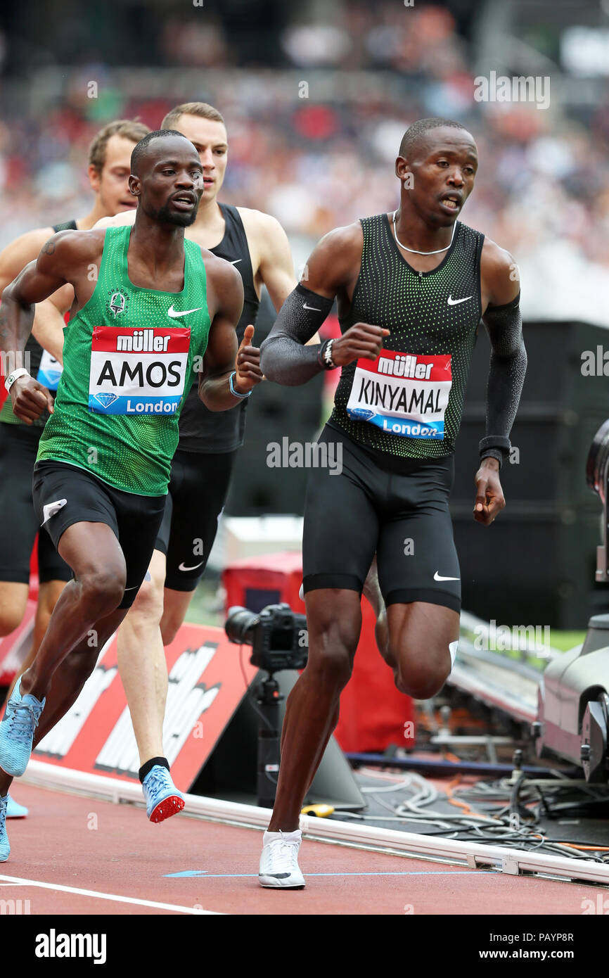 Nijel AMOS (Botswana), Wyclife KINYAMAL (Kenya) competing in the Men's 800m Final at the 2018, IAAF Diamond League, Anniversary Games, Queen Elizabeth Olympic Park, Stratford, London, UK. - Stock Image