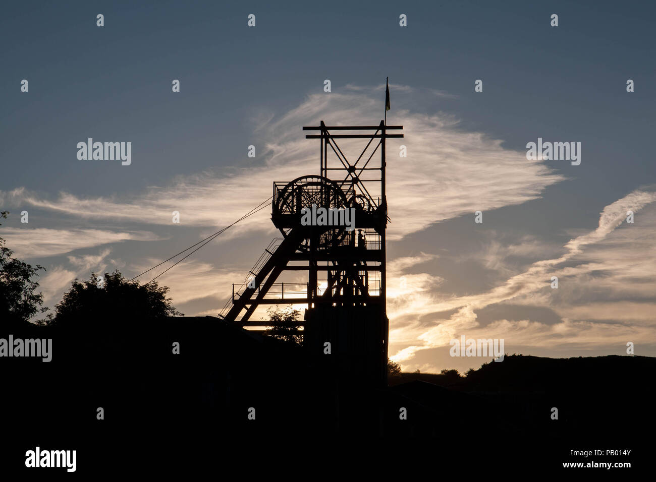 The headgear at the Big Pit National Coal Museum Blaenavon at dusk.. - Stock Image
