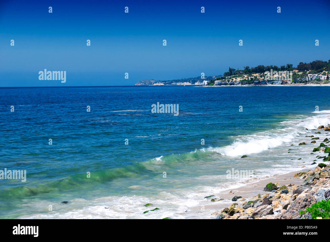 The Pacific Ocean and coastline of california along the PCH near malibu. - Stock Image