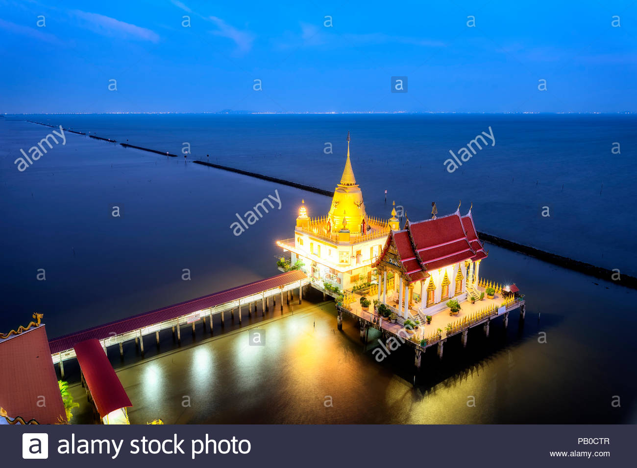 Top view thai temple on the sea , landscape thailand'Wat Hong thong' Temple built in the sea at chachoengsao province, Unseen Thailand - Stock Image
