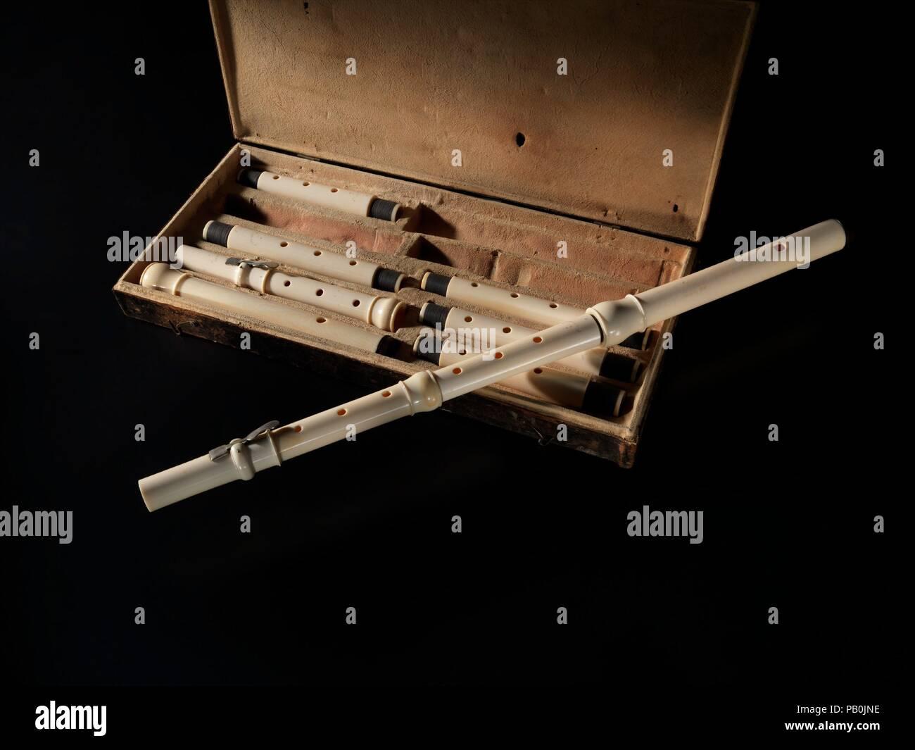 Flutes Metal Stock Photos & Flutes Metal Stock Images - Alamy