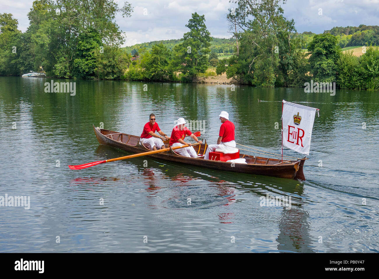 England, Oxfordshire, Henley, Swan Upping on River Thames, Skiff with Royal Marker on board - Stock Image