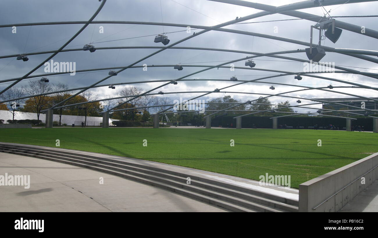 Jay Pritzker Pavilion In Chicago - Stock Image