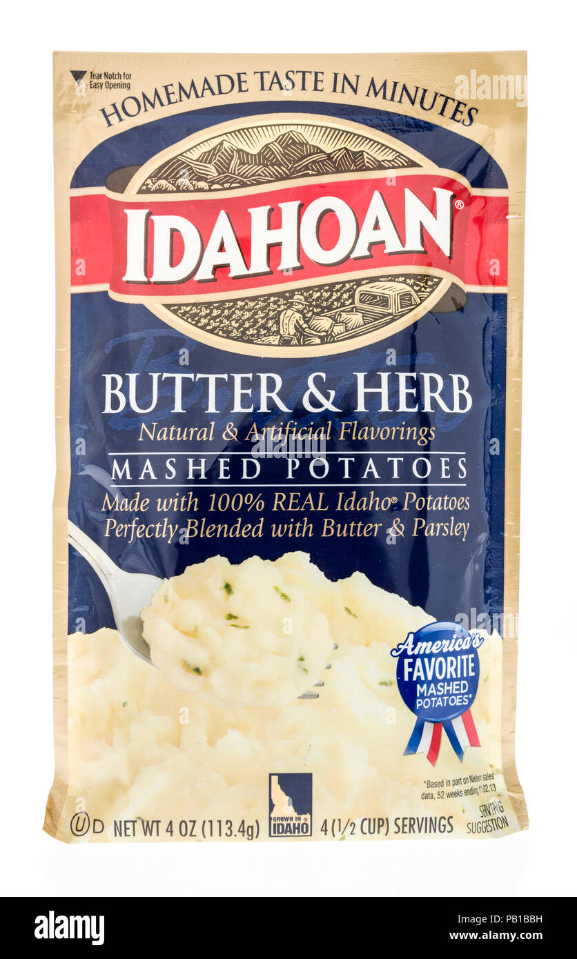 Winneconne, WI - 18 July 2018 -  A package of Idahoan instant potatoes on an isolated background. - Stock Image