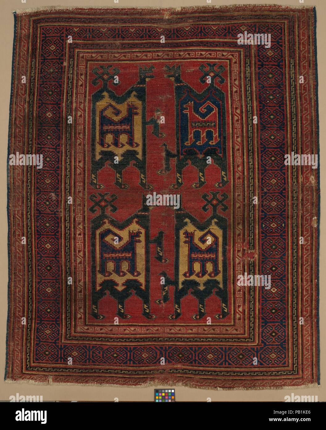 Confronted Animal Rug Dimensions Rug L 65 In 165 1 Cm W 54 1