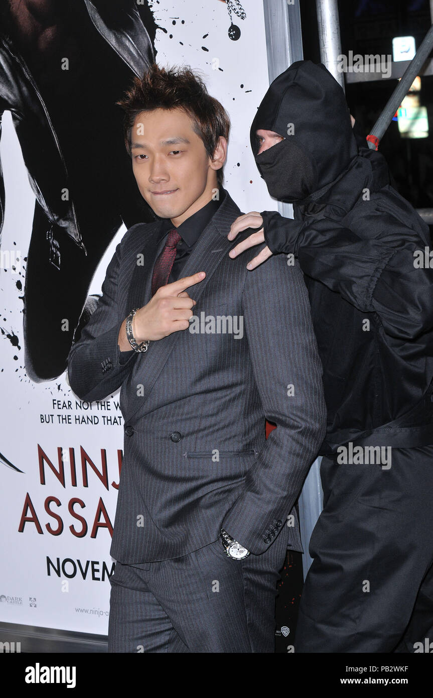 Rain Raizo   - NINJA ASSASSIN Premiere at GraumanÕs Chinese Theatre In Los Angeles.Rain Raizo_28 Red Carpet Event, Vertical, USA, Film Industry, Celebrities,  Photography, Bestof, Arts Culture and Entertainment, Topix Celebrities fashion /  Vertical, Best of, Event in Hollywood Life - California,  Red Carpet and backstage, USA, Film Industry, Celebrities,  movie celebrities, TV celebrities, Music celebrities, Photography, Bestof, Arts Culture and Entertainment,  Topix, vertical, one person,, from the years , 2006 to 2009, inquiry tsuni@Gamma-USA.com - Three Quarters - Stock Image