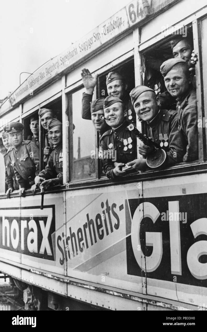 II world war, berlin, russian soldiers to berlin - Stock Image