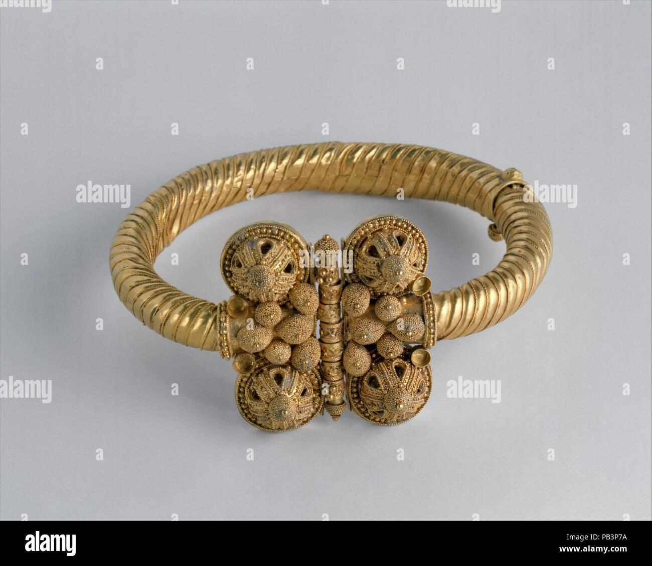 Byzantine Jewelry Stock Photos & Byzantine Jewelry Stock Images - Alamy