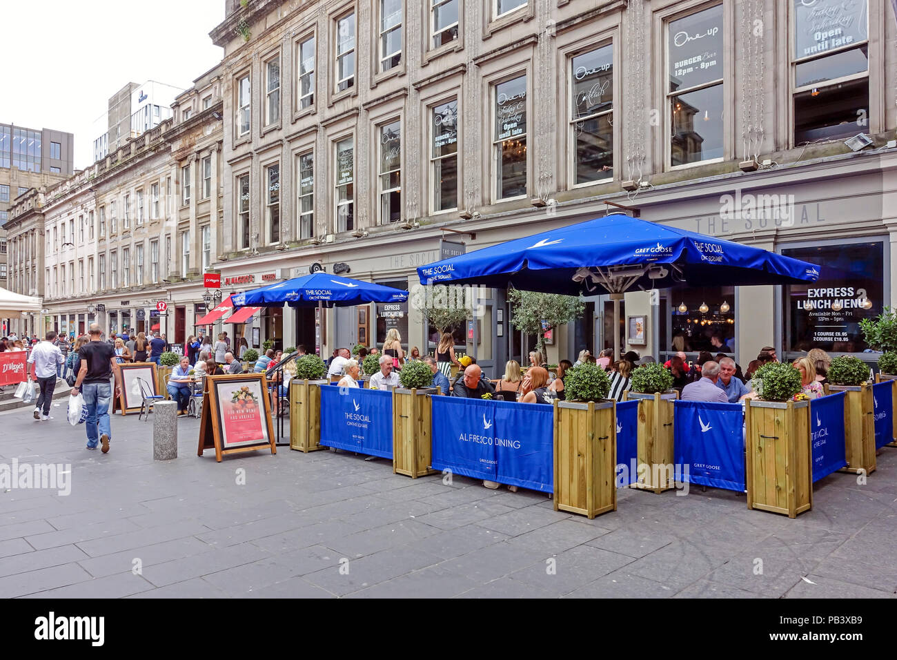 The Social On the Square Al Fresco Dining outside restaurant and cafe in Royal Exchange Square Glasgow City Scotland UK - Stock Image