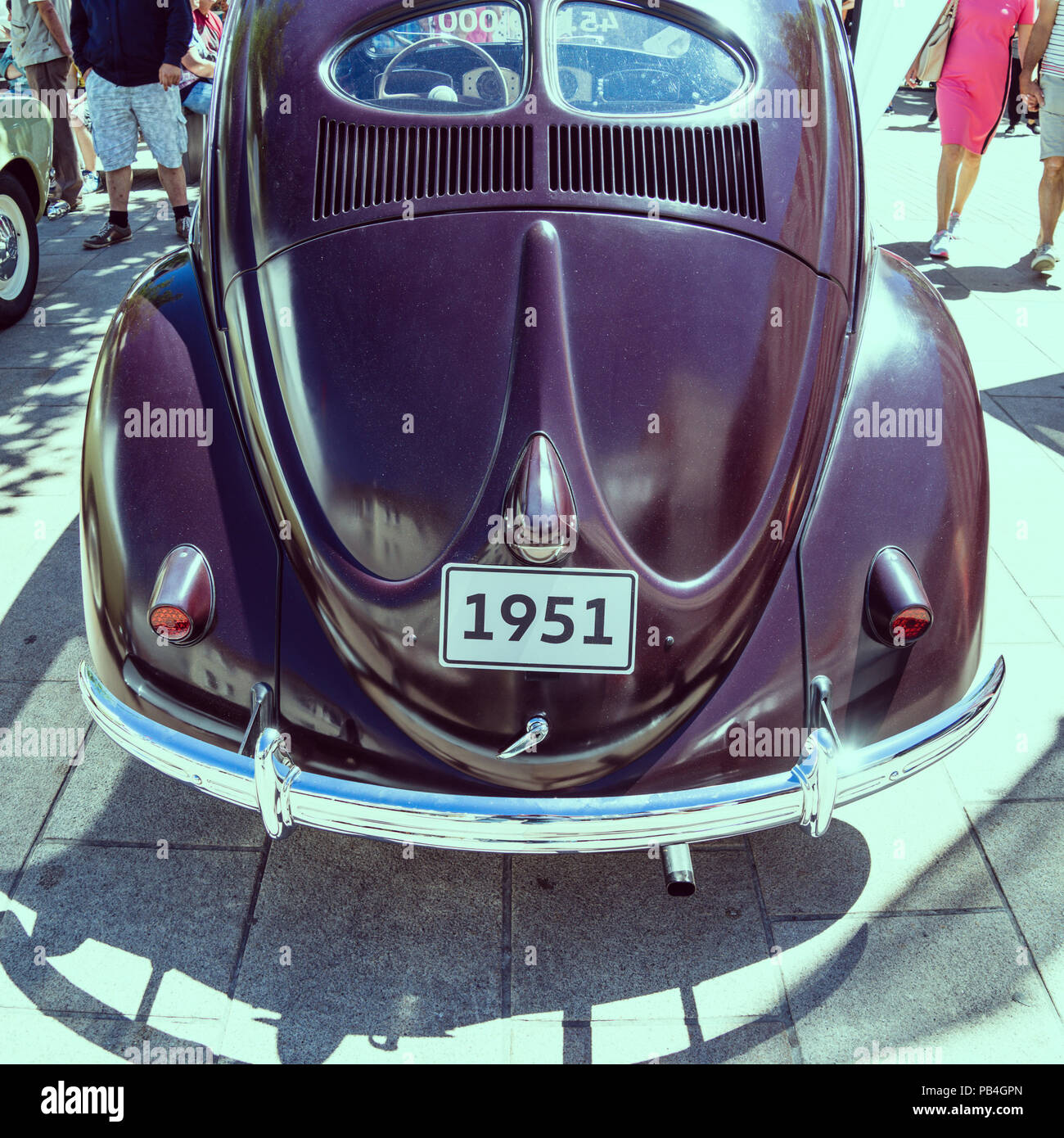 Wolfsburg, Lower-Saxony, Ger,any, July 1st 2018: Historical VW Beetle from 1951 at the city festival in Wolfsburg, back side with typical pretzel wind - Stock Image