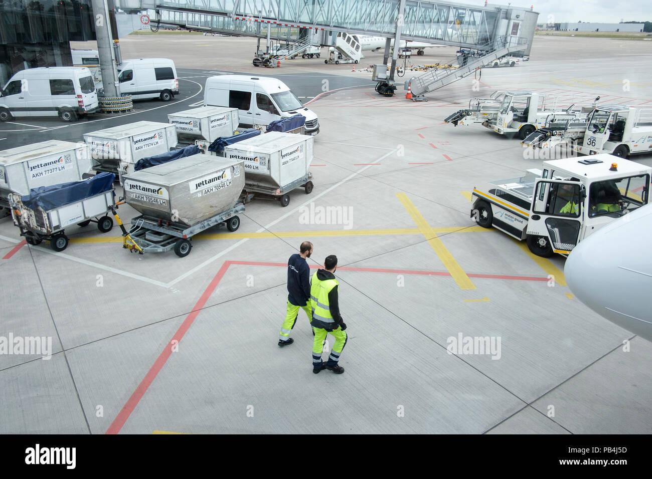 Airport Jobs Stock Photos & Airport Jobs Stock Images - Alamy