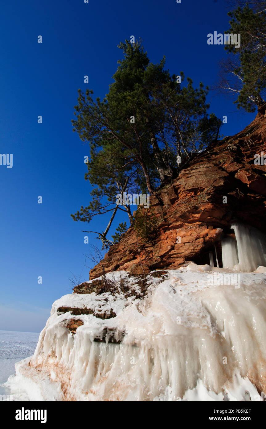 Wisconsin. Apostle Islands National Lakeshore. Sea caves. - Stock Image