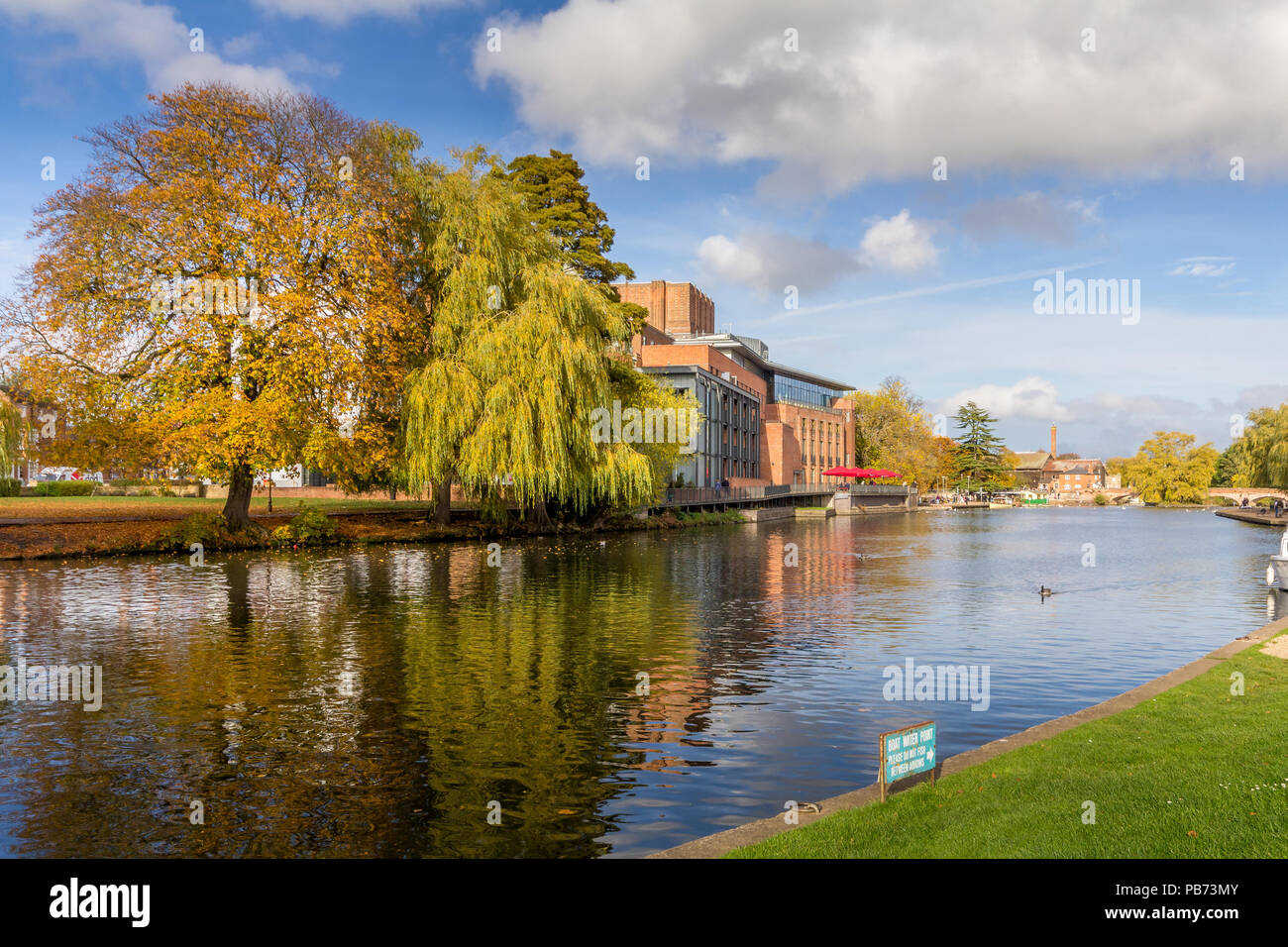 RSC Theatre view from across the river in Stratford upon Avon. - Stock Image