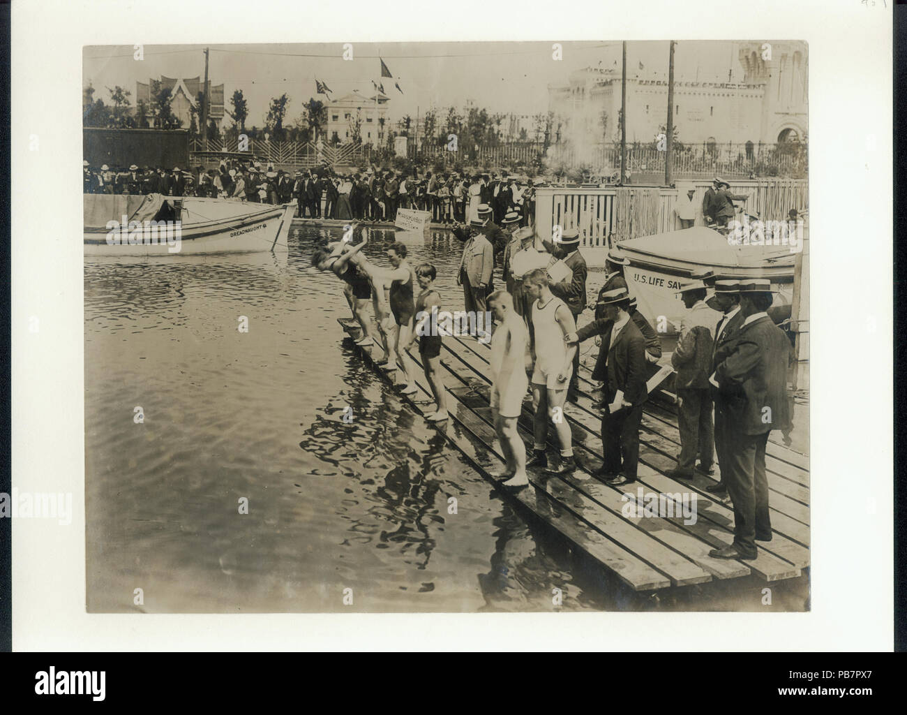 1569 Start of the 100 yards Swimming on Back championship at the 1904  Olympics - Stock