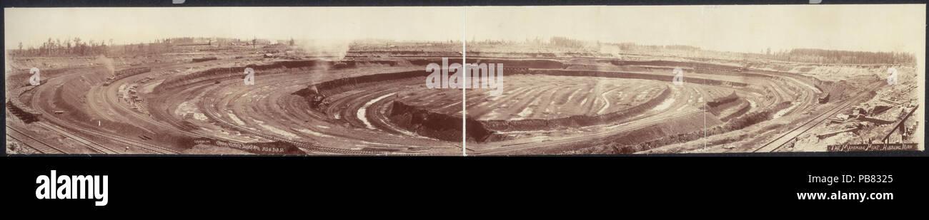 1654 The Mahoning Mine, Hibbing, Minn LCCN2007662347 - Stock Image