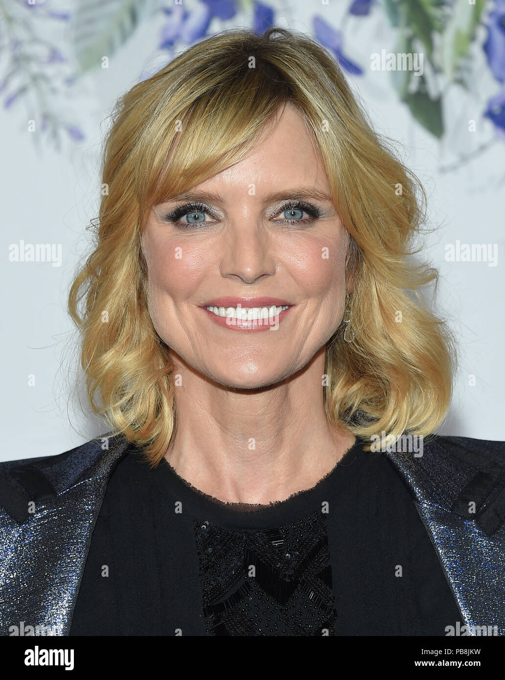 Courtney Thorne-Smith Nude Photos 86