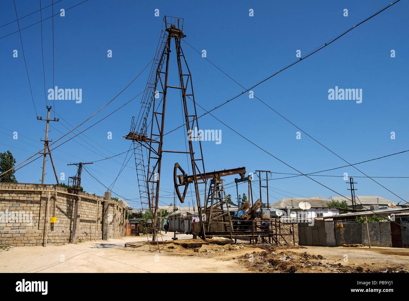 Oil pumps in Sabunchu area in the outskirts of Baku, Azerbaijan. - Stock Image