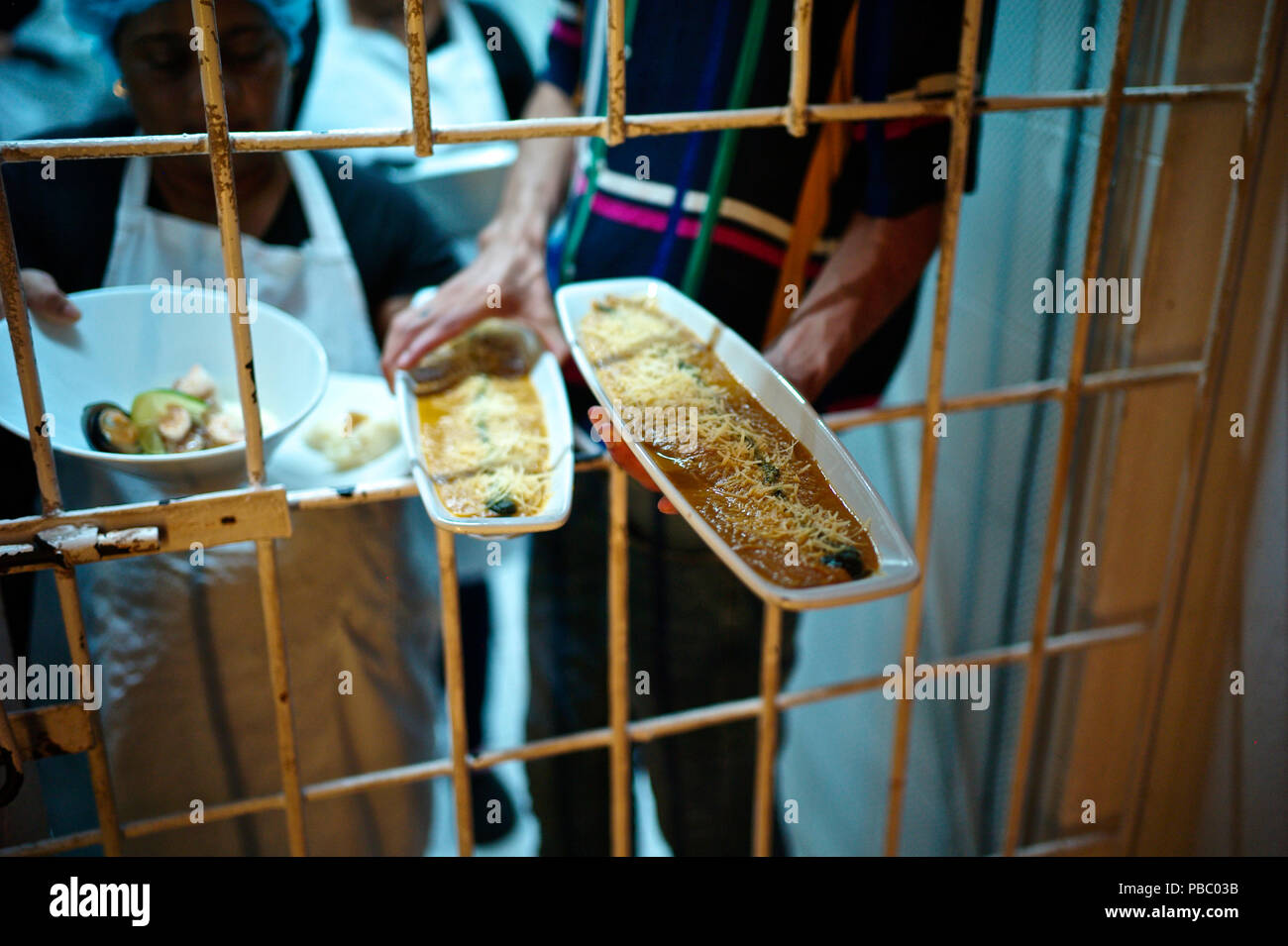 Interno is Cartagena's new prison restaurant, a space of reconciliation between the prison population and the civilian population, one of the enterpri - Stock Image